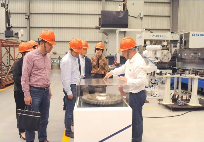 高端拉床,专用机床,内拉床,外拉床,数控机床,自动化生产线,工业机器人,拉床,拉刀,自动化